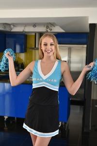 Blonde Cheerleader Chloe Scott Fucks And Get Cum On Her Feet