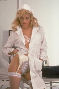 Retro Doc In Stockings Jisel