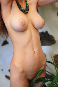 Paradise Nude Teen Mila Azul