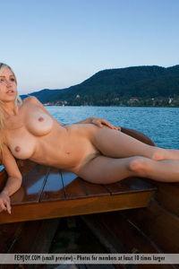 Corinna Goddess