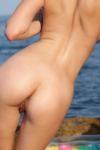 Hot And Busty Ukrainian Teen Mirela A Strips Her Bikini