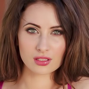 Layla Summers