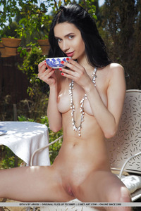 Dita V Shows Cuppable Breasts And Round Ass