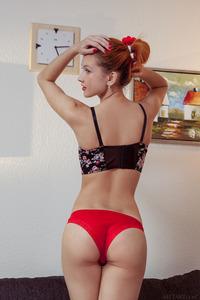 Erotic Alexa Ambre Shows Off Her Sexy Body