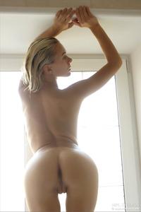 Karissa Diamond In The Naked Truth