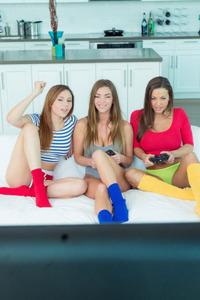Abigail With Ariana And Niki Skyler