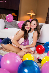 Balloon Lesbian Fun With Keisha Grey