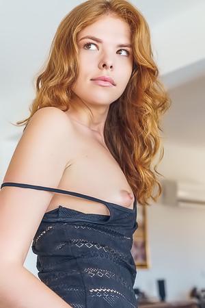 Redhead Girl Dgil In Dejni