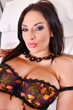 Busty French MILF Anissa Kate