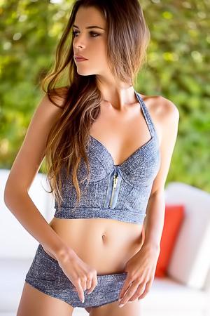 Gorgeous Brunette Babe Valeria