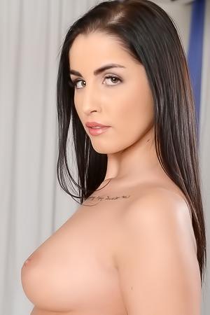 Loren Minardi Sexy Babe Strips