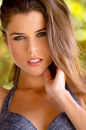 Sexy And Beauty Valeria Alexa