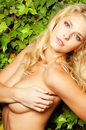 Playboy Victoria Winters-1