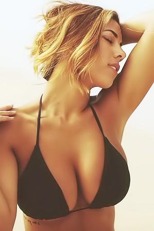 Erotic Babe Devin Brugman In Various Bikinis