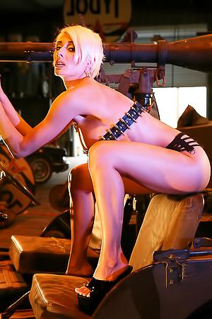 Actiongirl Marie Claude Bourbonnais