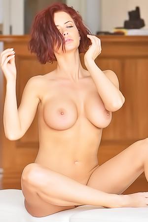 Emily Ravishing Reveal