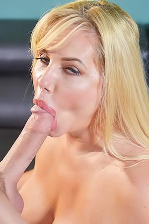 Busty Milf Karen Fisher Sucking Deep