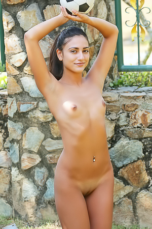 Cira Nerri Relaxing And Stripping Outdoors