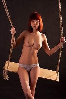 Pettra Sexy Swing