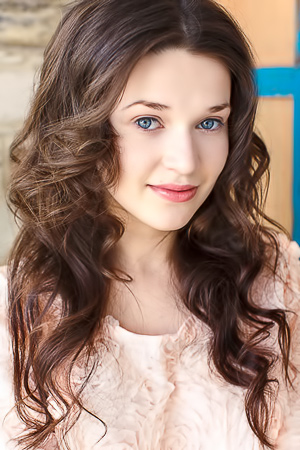 Serena Wood - Etinda