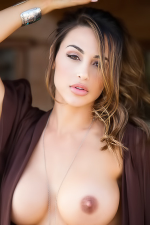 Stunning Babe Ana Cheri Sweet As Honey