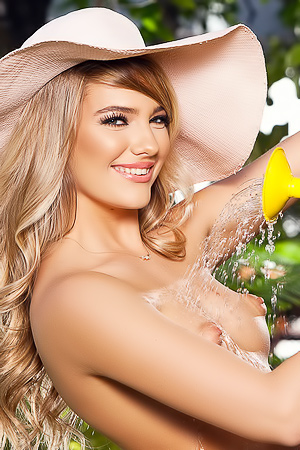 Kenna James Cybergirl Of The Month