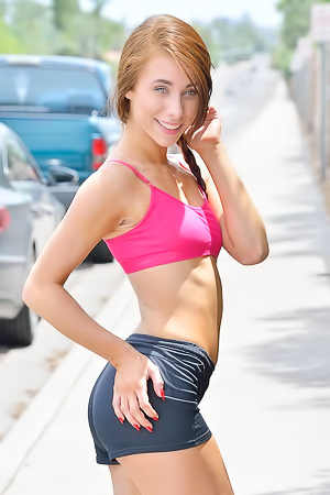 Anyah Sporty Nude Teen