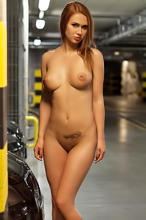 Justyna Is Stripping In Underground Parking