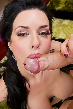 Veronica Avluv Excellent Blowjob Skills