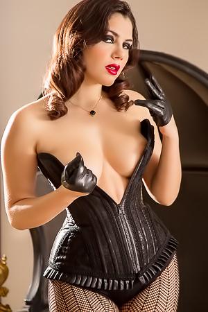 Horny Valentina Nappi