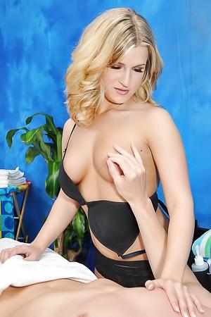 Rachel Bella Horny Massage Therapist