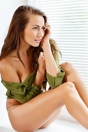 Gorgeous Michaela Isizzu