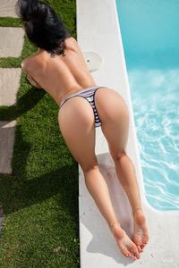 Sapphira By The Pool