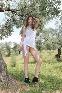 Hot Teen Mila Azul Shows Her Natural Boobs